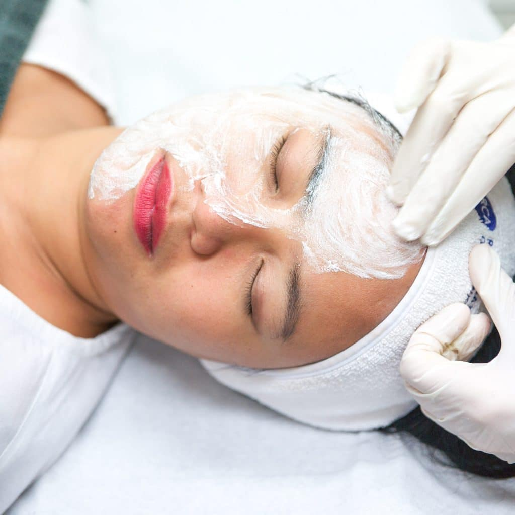 oxygen peel half face treatment