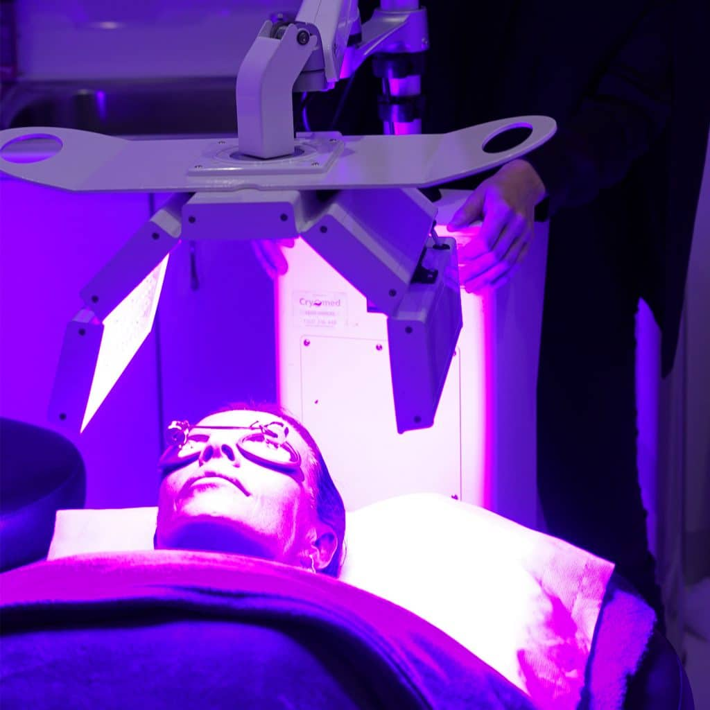phototherapy treatment full