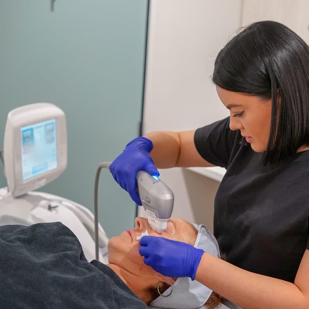 Ultrasound skin tightening treatment procedure